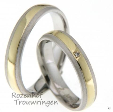 Bicolor trouwringen van geel- en witgoud met een breedte van 4,5 mm met 1 briljant geslepen diamant van 0,01 ct.
