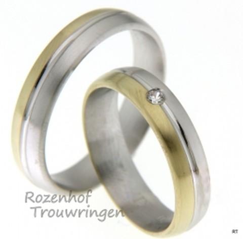 Bicolor trouwringen van witgoud en geelgoud met een breedte van 6 mm met 1 briljant geslepen diamant van 0,03 ct.