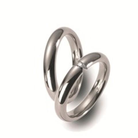 Fijne titanium trouwringen