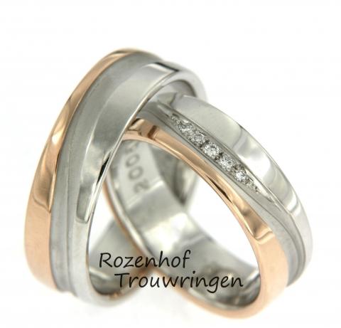 Deze mooie trouwringen zijn vervaardigd uit wit- en roodgoud en zijn 6 mm breed. Verder zijn de ringen identiek aan elkaar, in de ring van de bruid zijn echter diamanten gezet. Deze ringen zijn klaar om gedragen te worden door een liefdevol koppel!