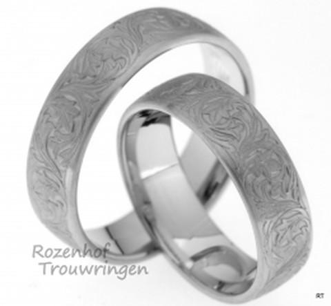 Romantische witgouden trouwringen