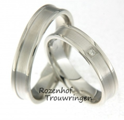 Witgouden trouwringen met betoverende diamant