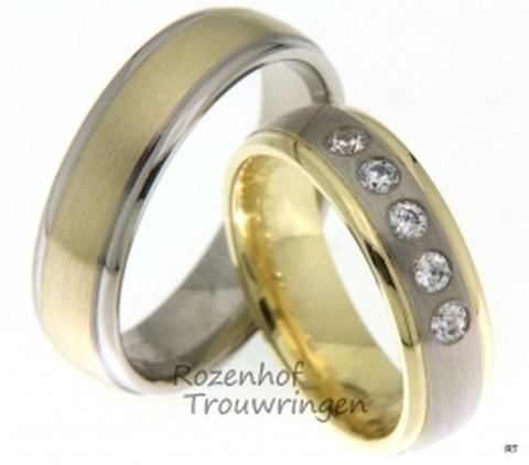 Bicolor trouwringen van 6 mm breed. De ringen zijn vervaardigd uit witgoud en geelgoud. De ster onder de ringen is de dames trouwring, waarin 5 schitterende, briljant geslepen diamanten van in totaal 0,2 ct zijn verwerkt.