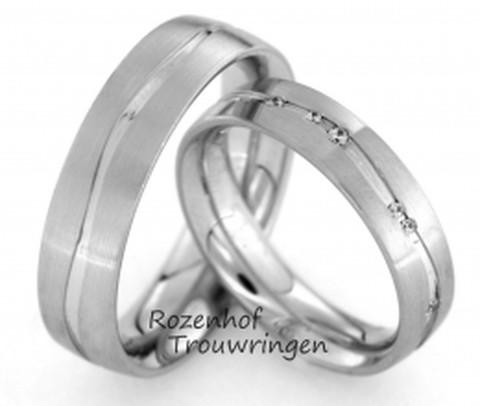 Matte witgouden ringen met golvende rivier