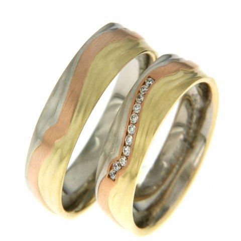 Zoekt u mooie tricolor ringen met mooie diamanten, die kunt u vinden bij Rozenhof Trouwringen!