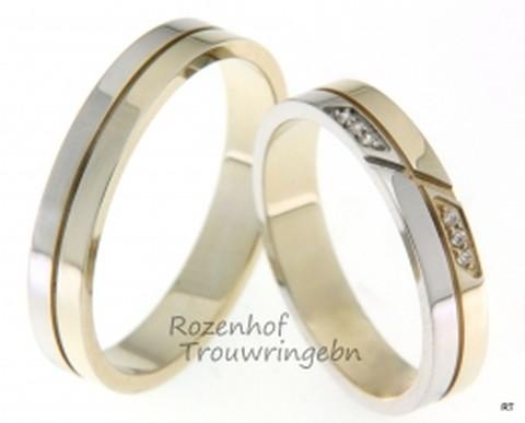 Verfijnde, bicolor trouwringen. De breedte van de ringen is 4 mm. De ringen zijn verdeeld in een baan glanzend witgoud en een baan glanzend geelgoud en worden door middel van een groef van elkaar gescheiden. In de dames trouwring zijn 6 briljant geslepen diamanten gezet van 0,03 ct.