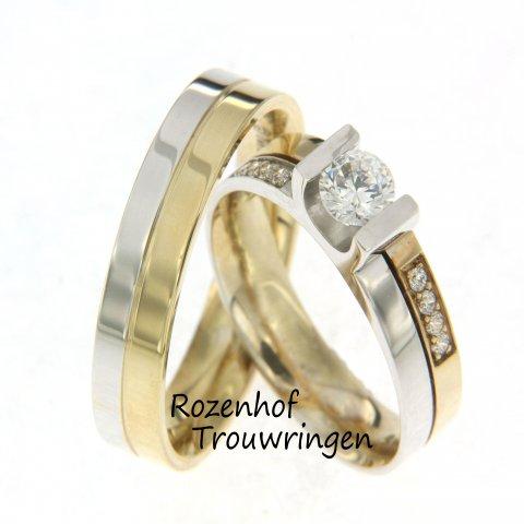 Charmante trouwringen in twee kleuren met schitterende diamanten. De ring bestaat uit twee delen. Het ene deel is van witgoud het andere deel van geelgoud. De schitterende grote diamant van 0,5 ct is gevat in een u-zetting. Aan beide zijden hiervan zijn 4 briljant geslepen diamanten van 0,02 ct gezet.