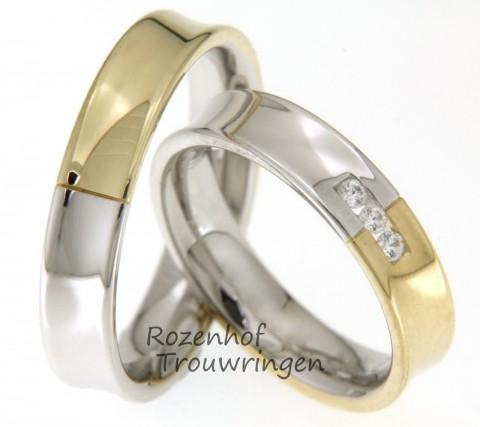 Shiny couple in twee kleuren goud. Het hoogglans van de ringen schijnt je tegemoet. De ring is verdeeld in een witgouden helft en een geelgouden helft. De 3 briljant geslepen diamanten in de dames trouwring staan hier schitterend bij.