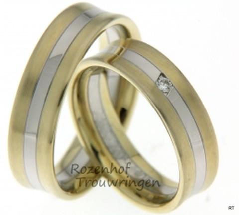 Mooi, bicolor trouwringen van wit- en geelgoud van 6 mm breedte met 1 briljant geslepen diamant van 0,037 ct.