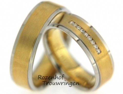 Zonnige trouwringen in twee kleuren met fonkelende diamanten