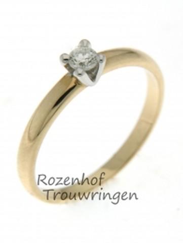 Verlovingsring van wit- en geelgoud met diamant