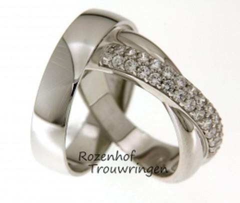 Magnifieke trouwringen van witgoud met schitterende diamanten