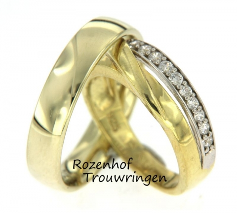 Deze trouwringen hebben een mooie combinatie van wit- en geelgoud. In het witgouden deel bevinden zich 9 prachtige, briljant geslepen diamanten. Het geelgouden deel heeft een mooie, sierlijke twist dat zorgt voor een unieke touch.