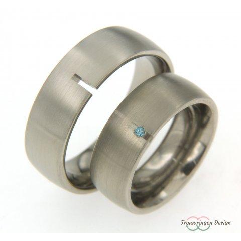 Brede stoere titanium trouwringen
