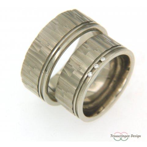 Aparte titanium trouwringen