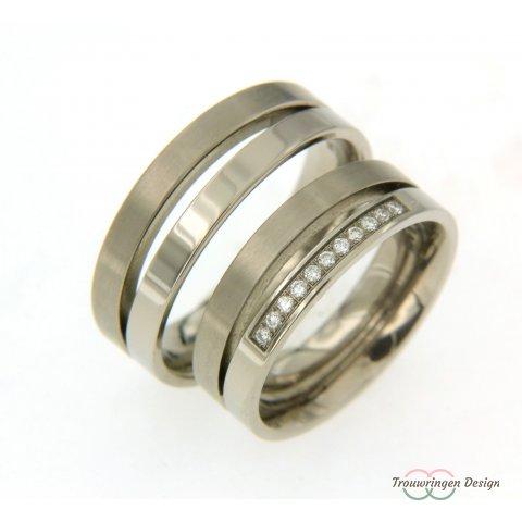 Aparte titanium trouwringen met diamanten