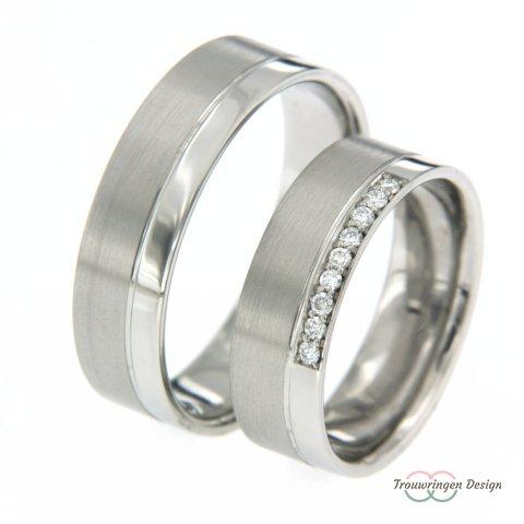 Vlakke moderne trouwringen met diamanten